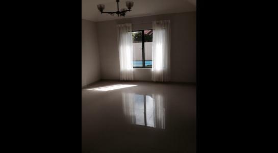 Casa en Alquiler Doble vía la guardia y 5 to anillo Foto 3