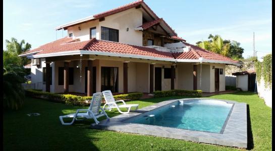 Casa en Alquiler CONDOMINIO JARDINES DEL URUBO Foto 15