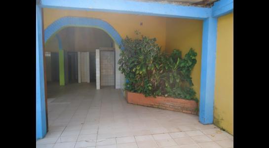 Casa en Alquiler Calle Ernesto Monasterio entre C/Los Mángales y Juan Latino, dentro el primer anillo de circunvalacion- Warnes Foto 7