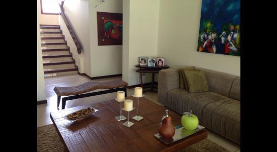 Casa en Alquiler AVENIDA BENI PASANDO EL 5 ANILLO,  CONDOMINIO LA HACIENDA II Foto 18