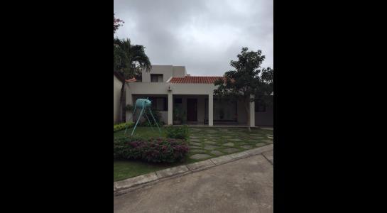Casa en Alquiler AV. BENI Y 5 ANILLO Foto 15