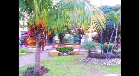 Casa en Alquiler Cond. La Hacienda I, av banzer Foto 14