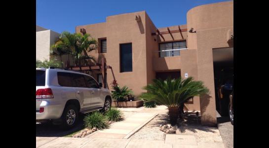 Casa en Alquiler AVENIDA BENI PASANDO EL 5 ANILLO,  CONDOMINIO LA HACIENDA II Foto 17