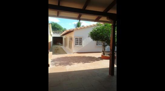 Casa en Alquiler ALEMANA ENTRE 5TO Y SEXTO ANILLO FRENTE A BIBLIOTECA MUNICIPAL TODO CON ASFALTO. Foto 6