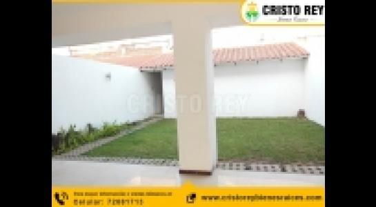 Casa en Alquiler 4to anillo entre pirai y radial 17 1/2 Foto 8