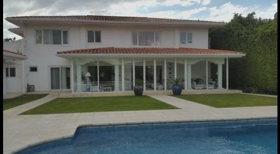 Casa en Alquiler .COLINAS DEL URUBO 2 Foto 4