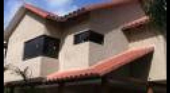 Casa en Alquiler  Av. Montecristo, por la doble vía a Cotoca. Finalizando el asfalto frente al hospital municipal Foto 2
