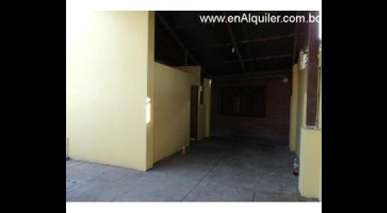 Casa en Alquiler Av. Mutualista 3er anillo externo Foto 6