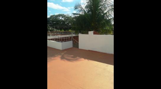 Casa en Alquiler ALEMANA ENTRE 5TO Y SEXTO ANILLO FRENTE A BIBLIOTECA MUNICIPAL TODO CON ASFALTO. Foto 12