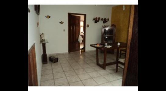 Casa en Alquiler Av. Melchor Pinto y 2do anillo. Foto 5