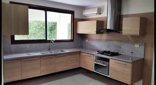 Casa en Alquiler Condominio JARDINES DEL URUBO  Foto 12