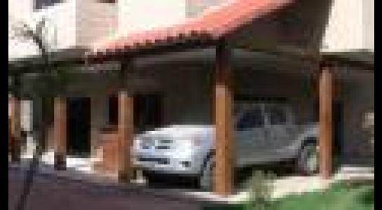 Casa en Alquiler  Av. Montecristo, por la doble vía a Cotoca. Finalizando el asfalto frente al hospital municipal Foto 3