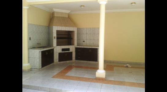 Casa en Alquiler BARRIO DE CHOFERES,  ZONA PARQUE URBANO Foto 4