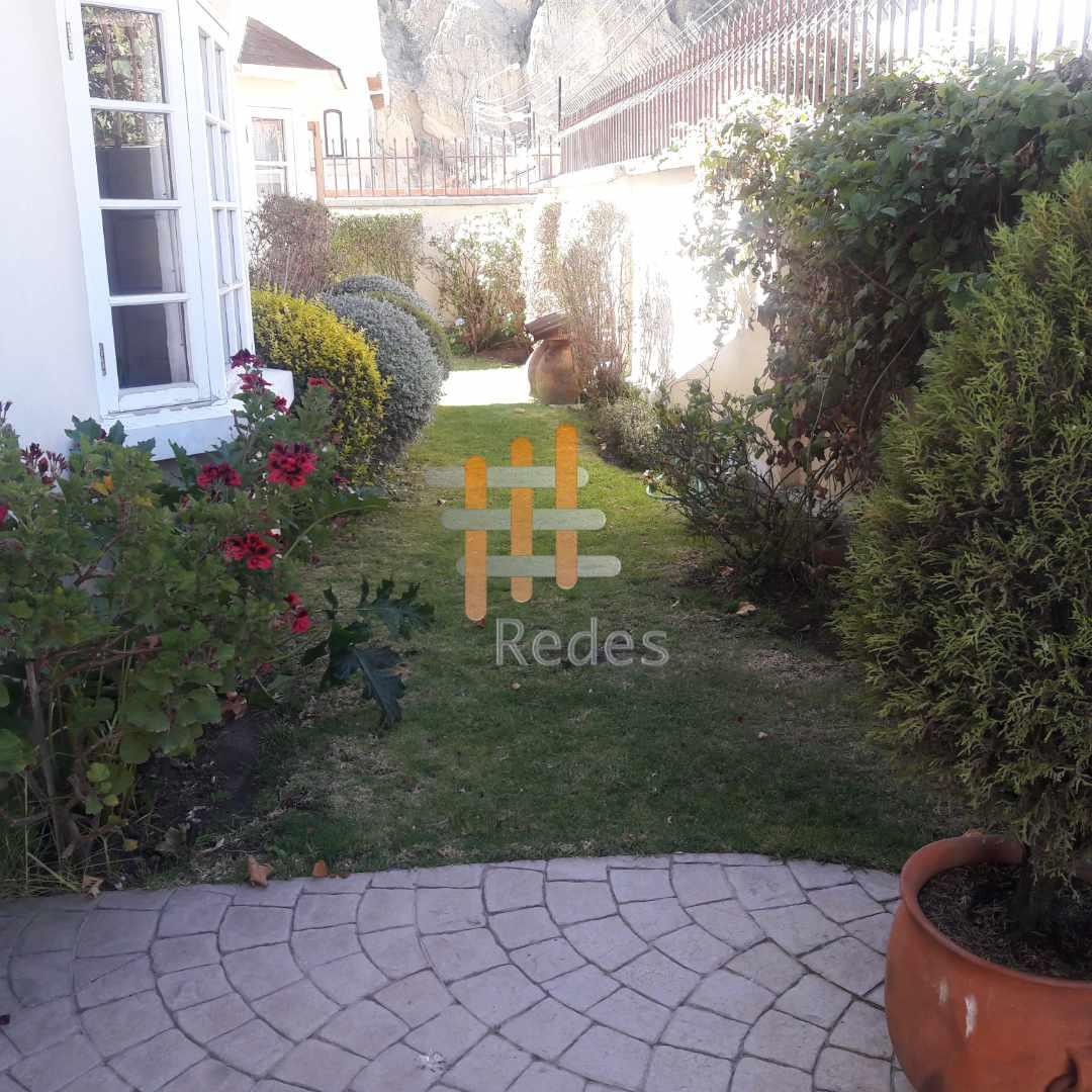 Casa en Alquiler PRECIOSA RESIDENCIA EN JARDINES DEL SUR EN ALQUILER Foto 10