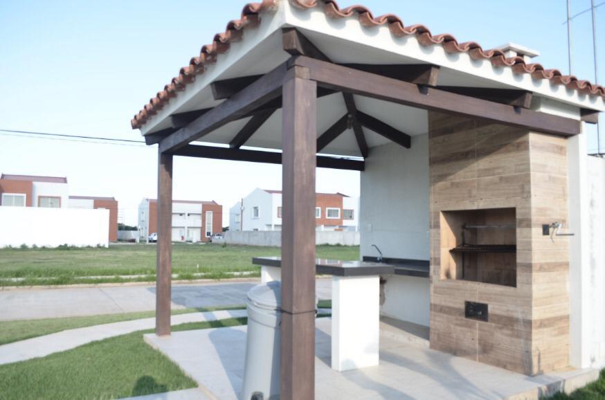 Casa en Venta Carretera a cotoca 8tvo anillo entrando por la casona Foto 7