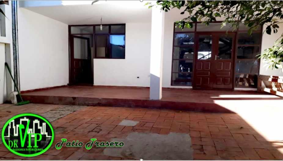 Casa en Alquiler Equipetrol 3er y 4to Anillo Foto 3