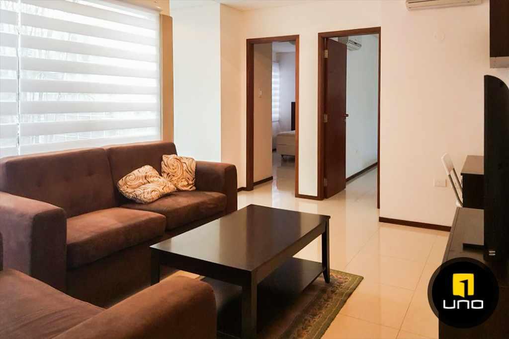 Casa en Alquiler LINDA Y AMPLIA CASA AMOBLADA EN CONDOMINIO PRIVADO ZONA OESTE 6TO ANILLO Foto 5