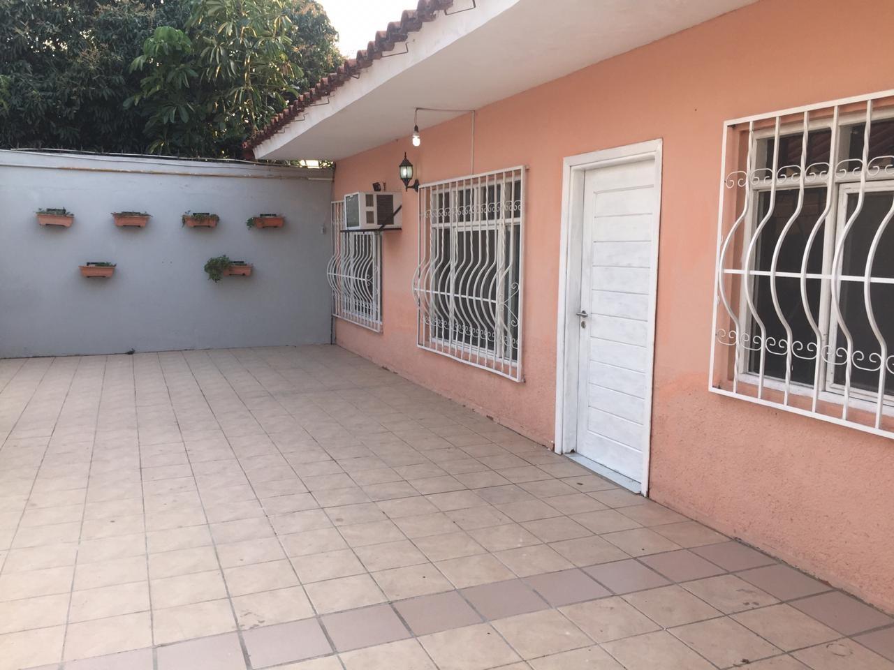Casa en Venta Calle Combate Riosiño # 3650 Foto 5