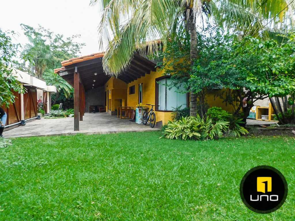 Casa en Alquiler Entre Banzer y Radial 26, 3er anillo Foto 4