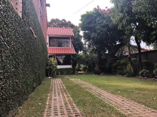 Casa en Venta Av. La Barranca 3er Anillo Foto 14