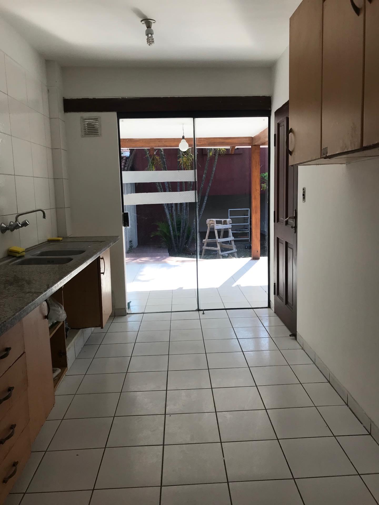 Casa en Alquiler Av. Melchor Pinto entre 1ro y 2do anillo  Foto 15