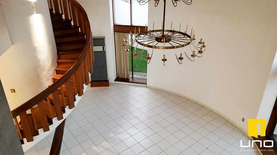 Casa en Alquiler Hermosa casa en Barrio Las Palmas Foto 13