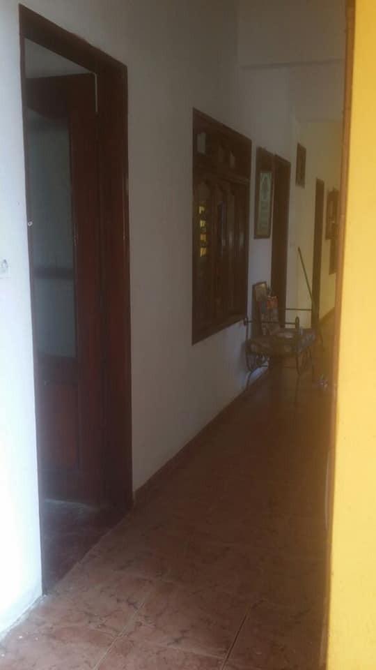 Casa en Anticretico 📍ubicada en plan 3000. Av. Paurito, ciudad alegría Foto 6