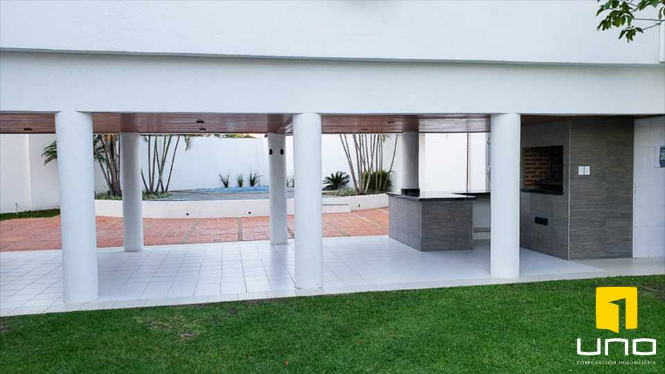 Casa en Alquiler HERMOSA RESIDENCIA EN LA MEJOR ZONA DEL BARRIO LAS PALMAS Foto 15