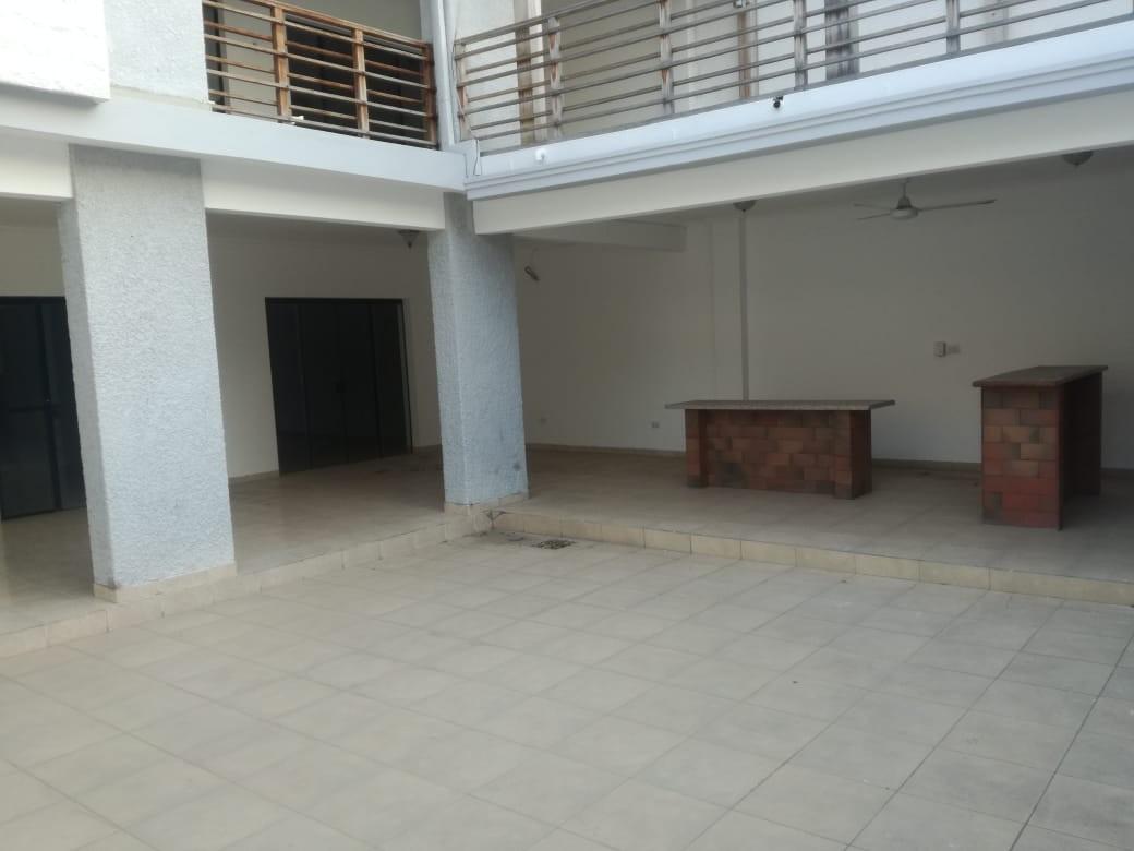 Casa en Alquiler 3er anillo entre canal isuto y san martin Foto 10