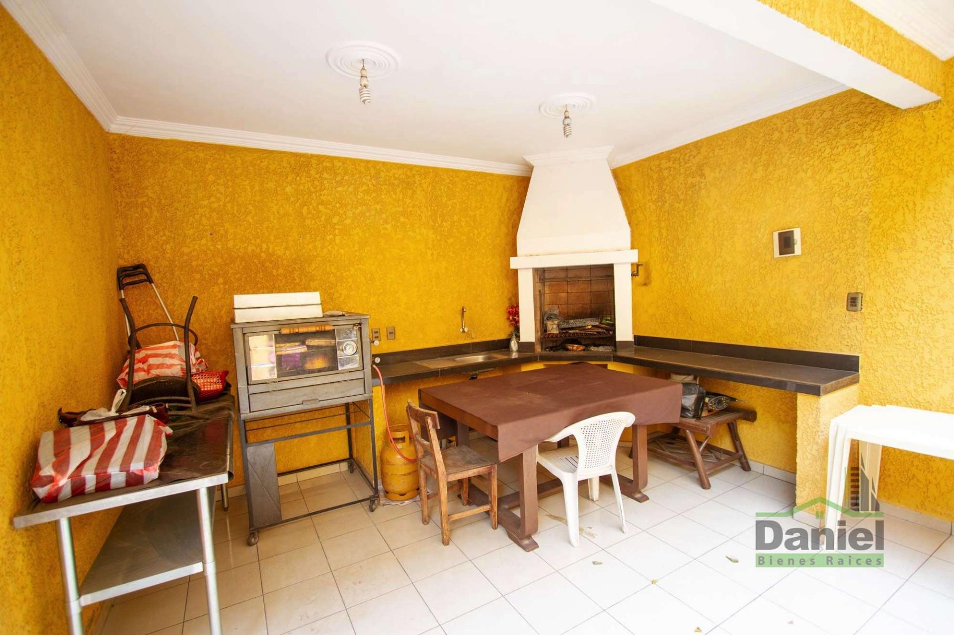 Casa en Venta EN VENTA BONITA CASA RADIAL 27 Y CALLE LOS GUAPOS Foto 23