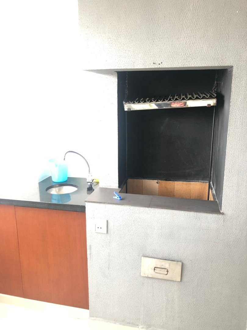 Departamento en Alquiler Avenida Irala calle Gral. Saavedra  Foto 13