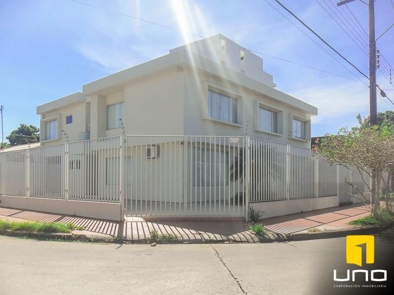 Casa en Alquiler ZONA AV. ROCA CORONADO ENTRE 2DO Y 3ER ANILLO, EXCLUSIVAMENTE PARA OFICINAS DE EMPRESAS Foto 3