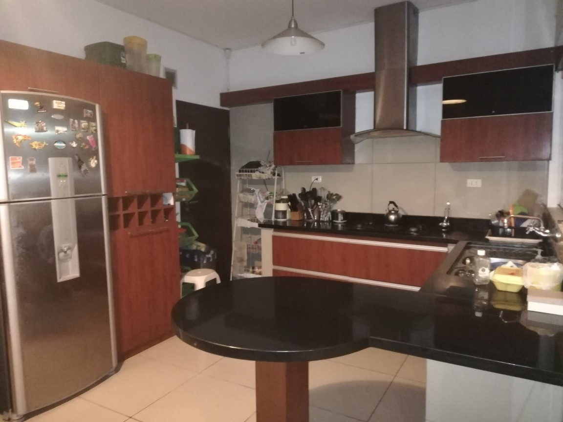 Casa en Venta  2do y 3er anillo Av. La Barranca Foto 6