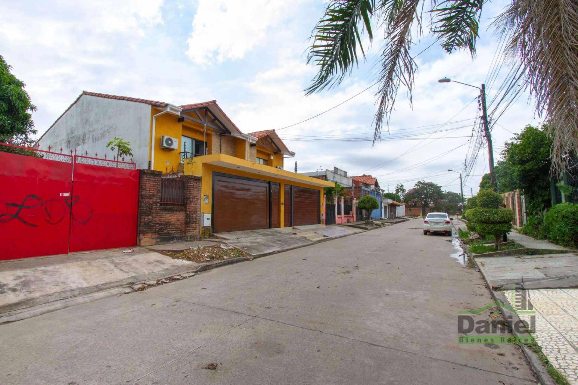 Casa en Venta EN VENTA BONITA CASA RADIAL 27 Y CALLE LOS GUAPOS Foto 19