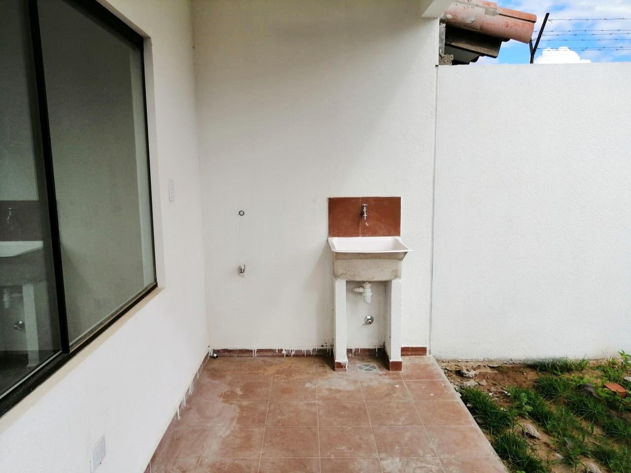 Casa en Venta Urb. Palma Verde Zona Av. Virgen de Cotoca Foto 5