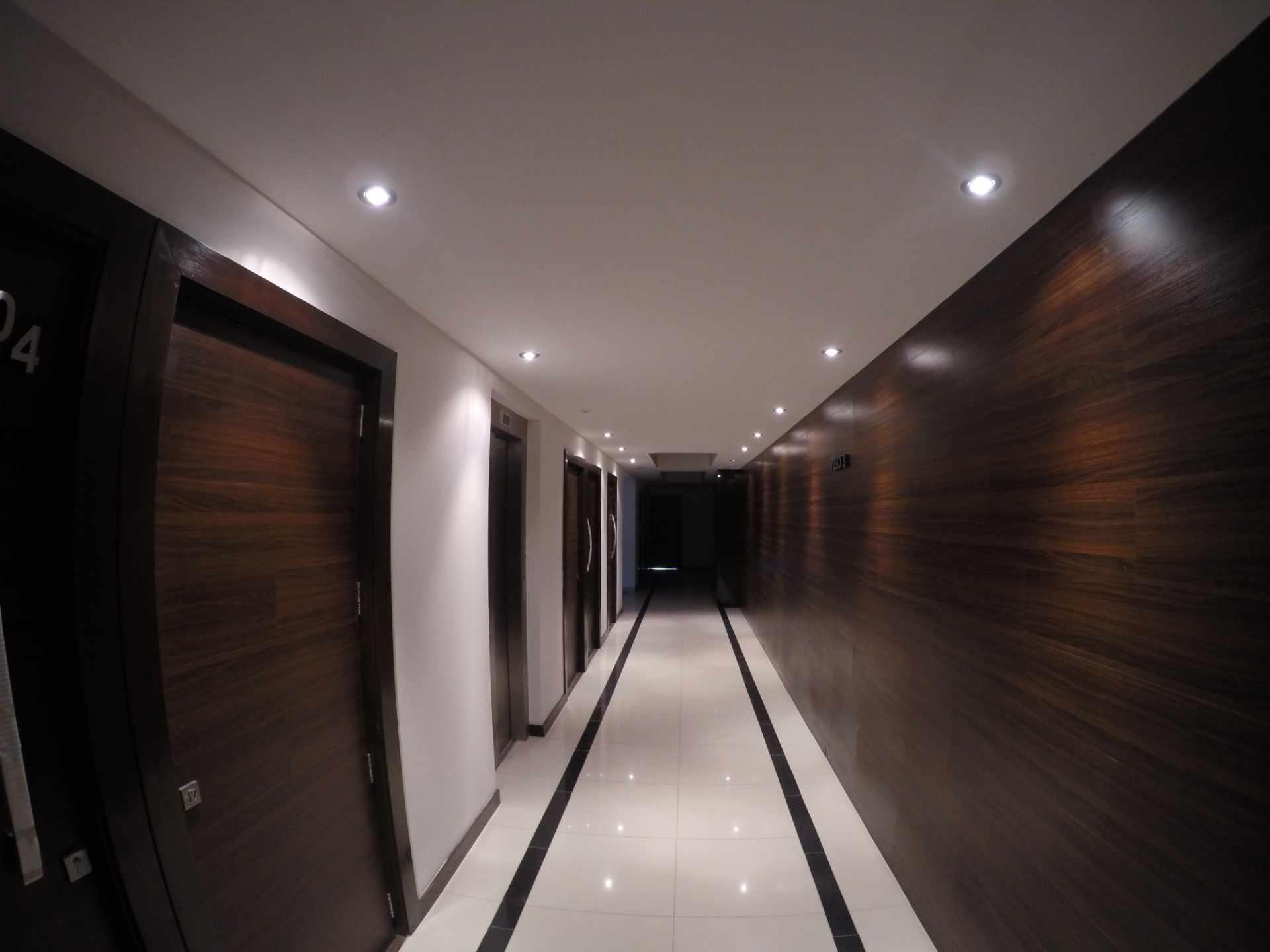 Departamento en Alquiler Condominio Onix [Equipetrol Norte], Departamento monoambiente full amoblado de lujo en alquiler, con parqueo techado. [600$us., expensas incluidas] Foto 8