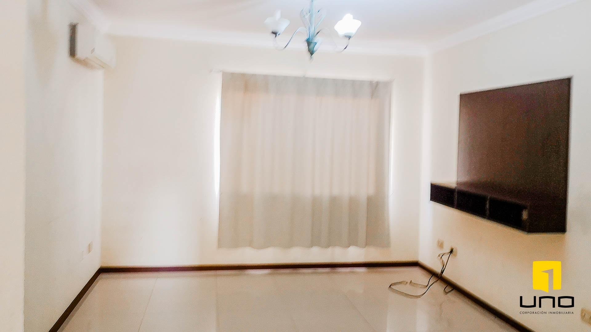 Casa en Alquiler CONDOMINIO HAMBURGO ALQUILO CASA DE 3 SUITES Foto 3