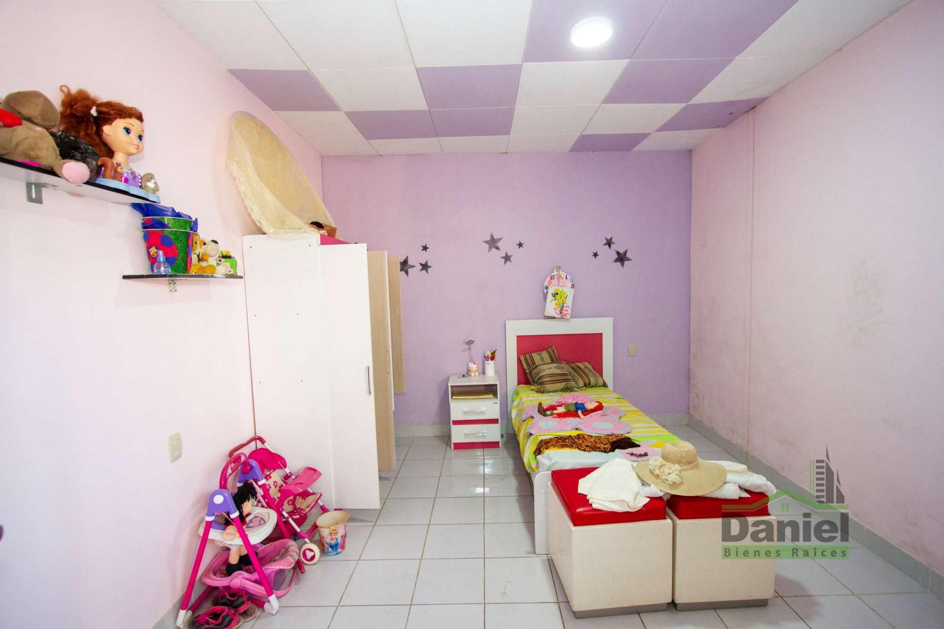 Casa en Venta EN VENTA CASA EN WARNES (LADO DERECHOS REALES) Foto 17