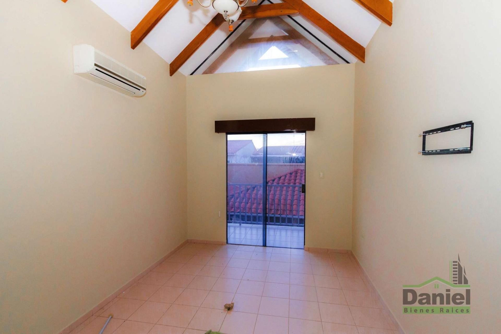 Casa en Venta CASA GRANDE ENTRE 4TO Y 5TO ANILLO RADIAL 27 Foto 10