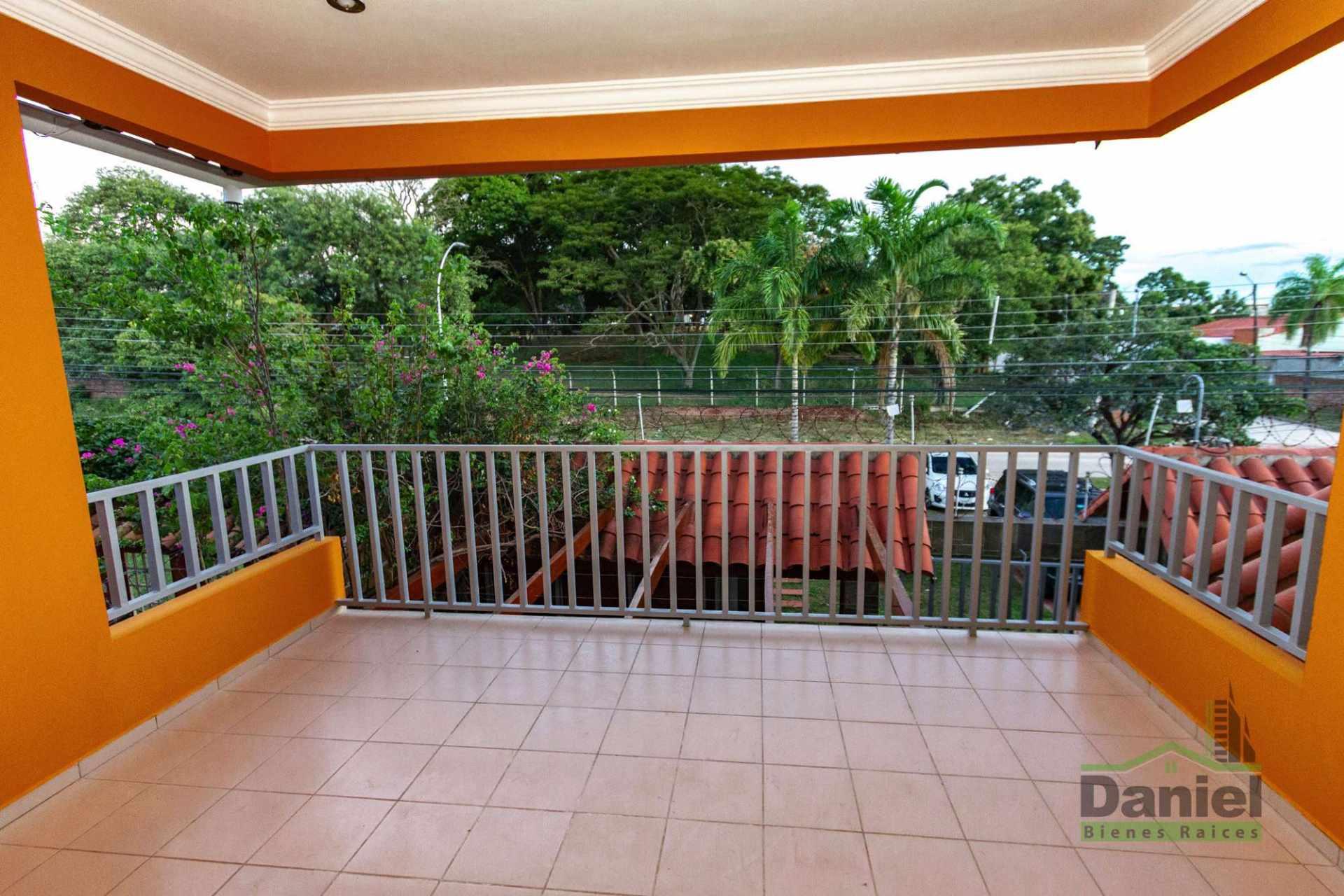 Casa en Venta CASA GRANDE ENTRE 4TO Y 5TO ANILLO RADIAL 27 Foto 19