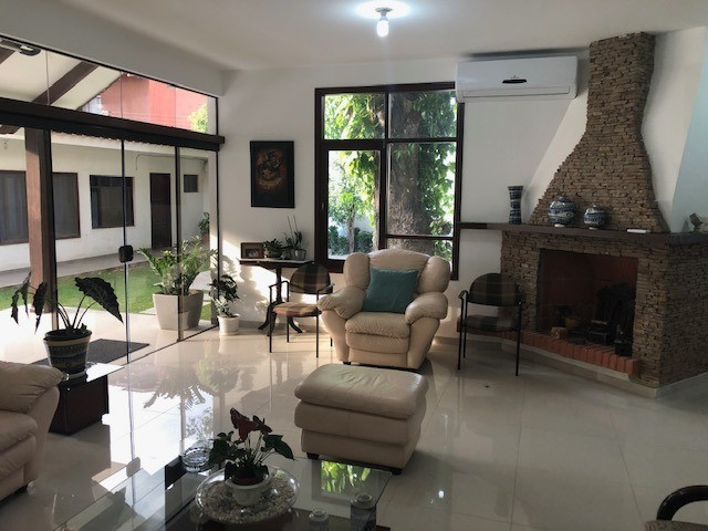 Casa en Venta Av. La Barranca 3er Anillo Foto 10