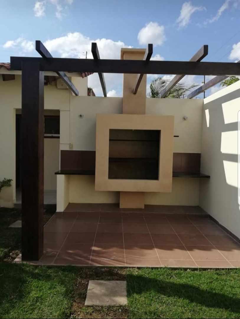 Casa en Venta Urb. Chiriguano zona Av. Santos dumont 6° y 7° Foto 4