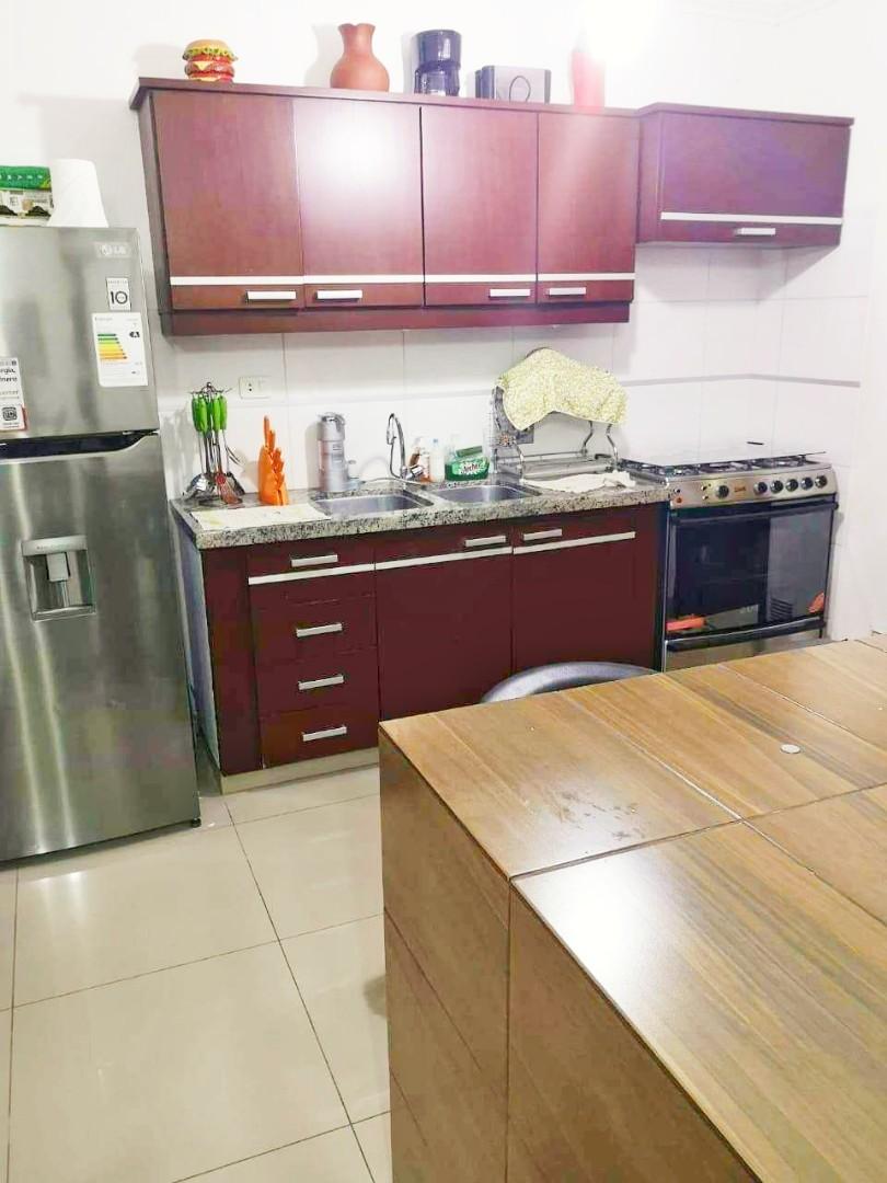 Casa en Venta Barrio Olender 3 pasos al frente entre 4to y 5to anillo Foto 5