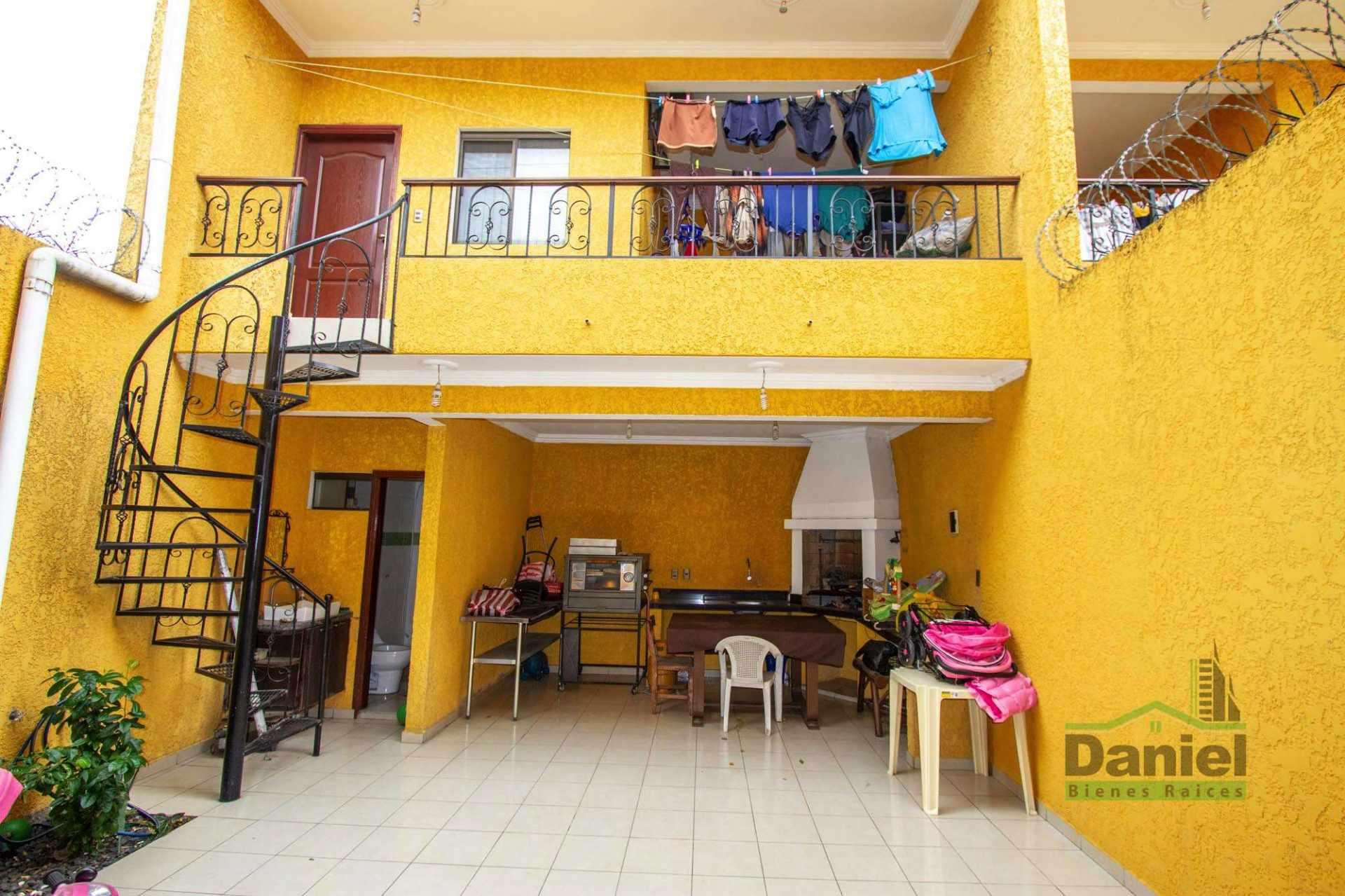 Casa en Venta EN VENTA BONITA CASA RADIAL 27 Y CALLE LOS GUAPOS Foto 5