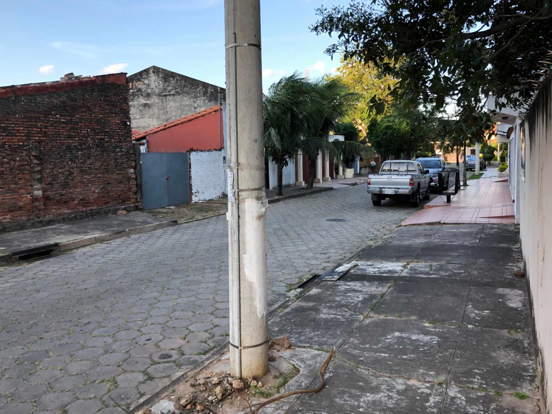 Terreno en Venta Calle El Fuerte s/n, zona barrio Los Choferes (al lado del Hostal Jodanga) Foto 3