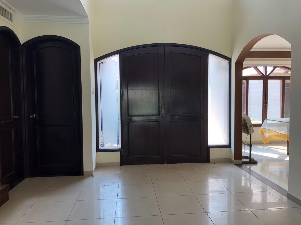 Casa en Alquiler BARRIO LAS PALMAS Foto 4