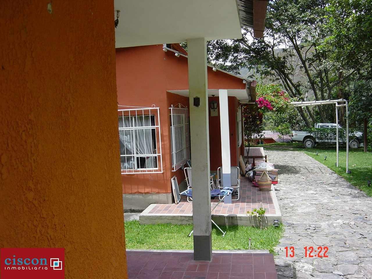 Casa en Venta Chulumani, a 15 minutos del pueblo. Foto 5