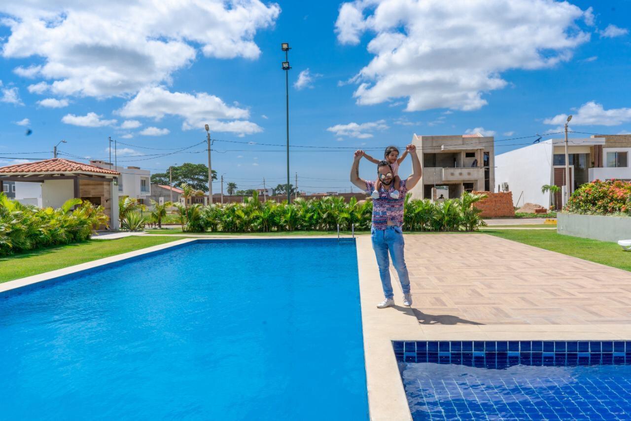 Casa en Venta Carretera a cotoca 8tvo anillo entrando por la casona Foto 3