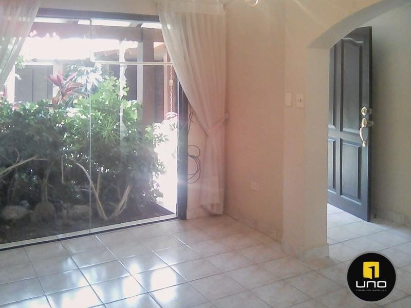 Casa en Alquiler Barrio Las Palmas; Zona Oeste Foto 20