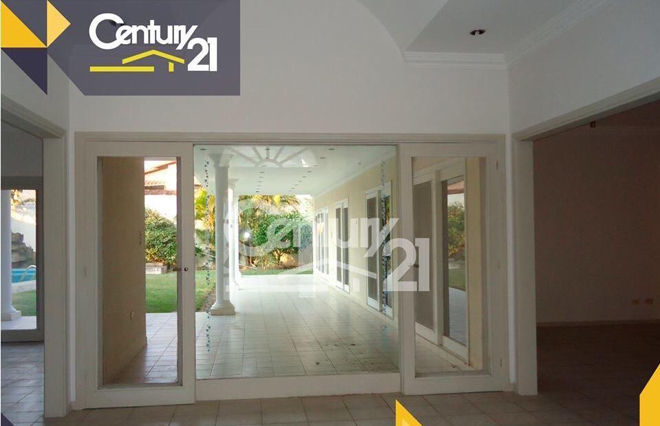 Casa en Alquiler EQUIPETROL SIRARI  CALLE LOS PINOS  Foto 4